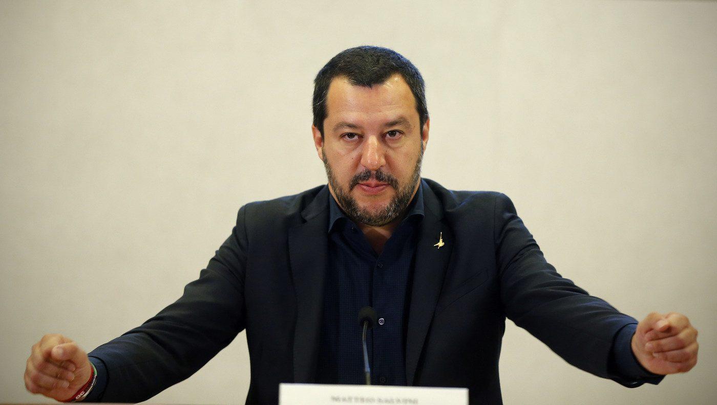 Decreto Salvini: le critiche dell'opposizione spiegate da Foucault