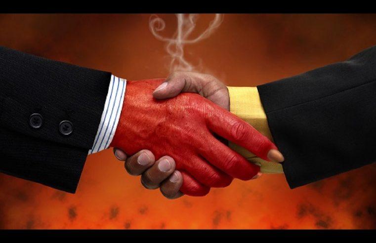 Se vuoi vendere l'anima al diavolo, aspetta: Gatsby, Dracula e Anakin avrebbero qualcosa da dirti