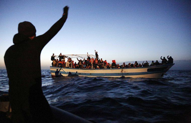 """Il """"Mare nostro"""": da secoli la patria dei grandi viaggiatori, oggi deserto della speranza"""