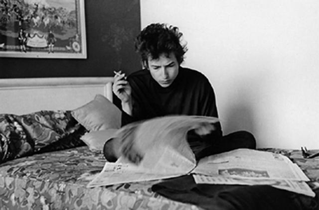 """Bob Dylan e la letteratura: le influenze che hanno permesso a Dylan di essere """"il poeta del rock"""""""