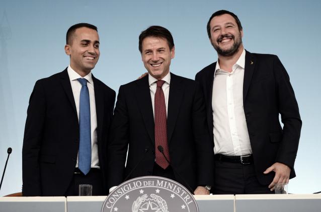 Viva l'Italia: la resistenza tra potere e litigi di Giuseppe Conte