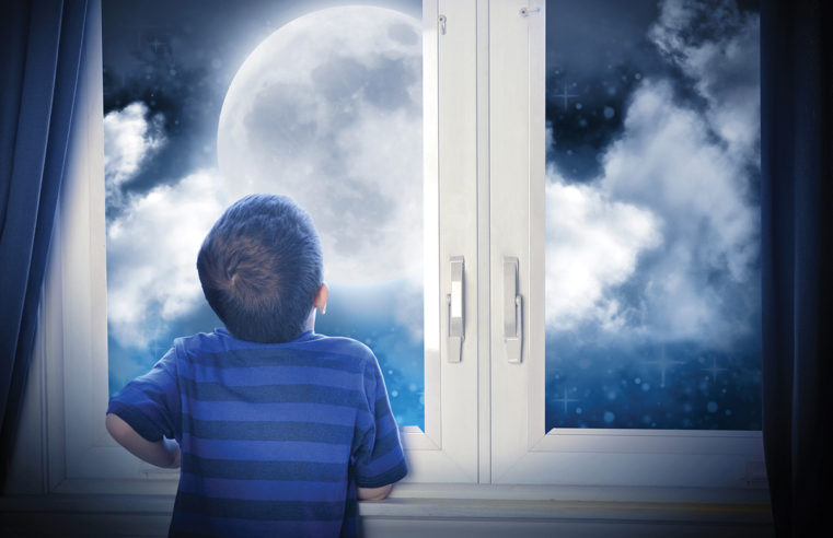 Il fascino della Luna: dalla prima fotografia di John Draper a Ciàula di Pirandello