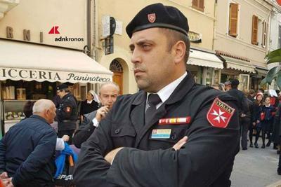 Il dominio spettacolare nell'era dei social network: quando un carabiniere fa notizia