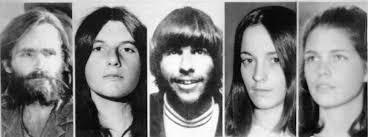 Ibristofilia in Mindhunter e C'era una volta a...Hollywood: Charles Manson non smette di attrarreIbristofilia in Mindhunter e C'era una volta a...Hollywood: Charles Manson non smette di attrarre