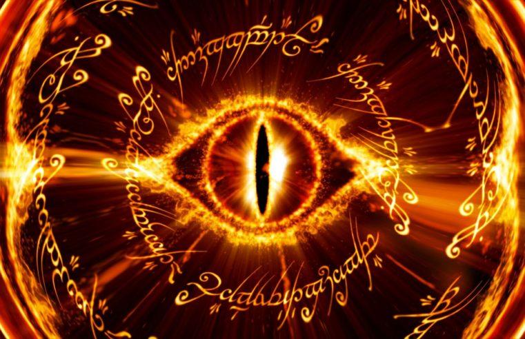 """Gli """"occhi"""" di Sauron digitali che ci osservano: le tecnologie di riconoscimento facciale"""