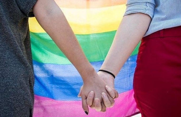 Tutti possono essere omosessuali – Ecco come l'ambiente incide sul tuo orientamento