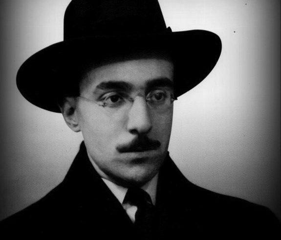 Il libro dell'inquietudine di Fernando Pessoa è la guida degli ansiosi