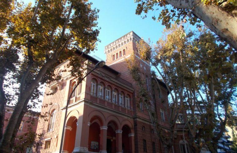 Roma: occupato un liceo ma senza il favore degli studenti. Legittimità tra Marx e Kant.