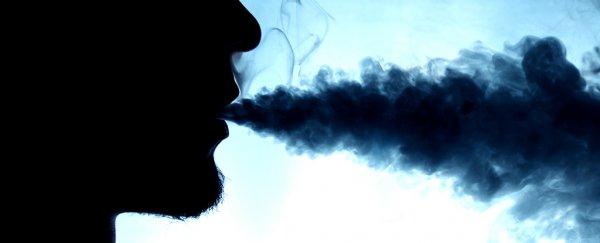 Un nuovo studio rivela il legame tra sigarette elettroniche e malattie respiratorie croniche